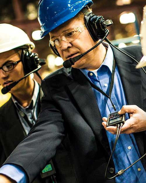 Alat komunikasi wireless portable untuk training produk