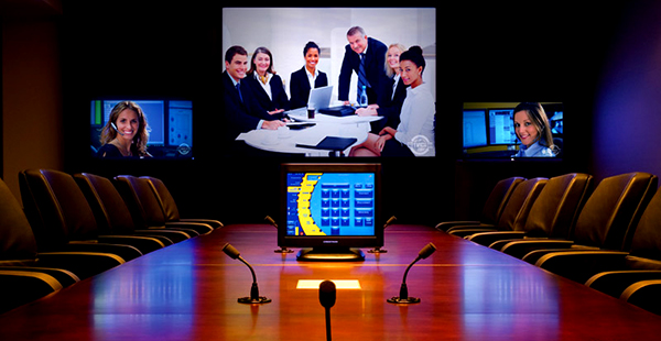 Booking waktu ruangan rapat via Web atau monitor sentuh di depan ruangan